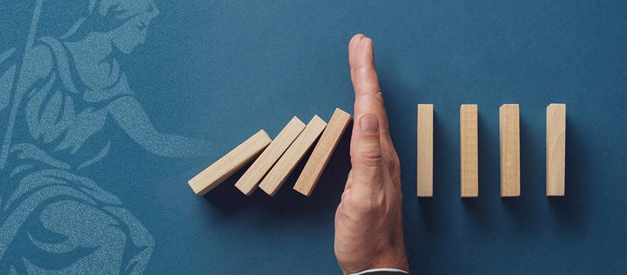 Restive Investors Criticise BOE's Passive Response to Economic Crisis